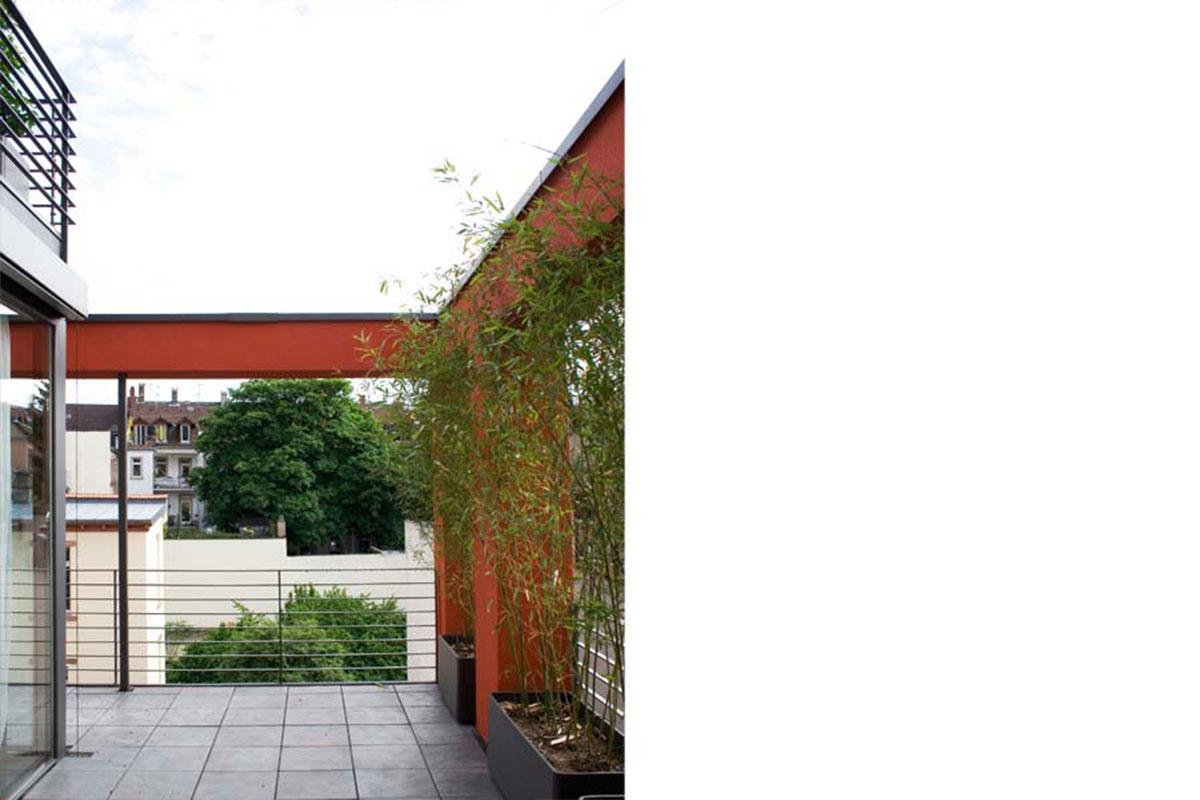 Hofhaus der weststadt j rgen mayer architekten for Fenster zum hof